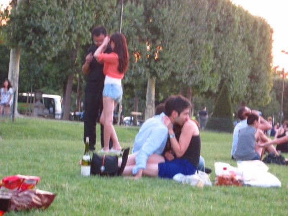 So much PDA, which became quite entertaining as we watched them try to eat/drink in such an awkward and uncomfortable position